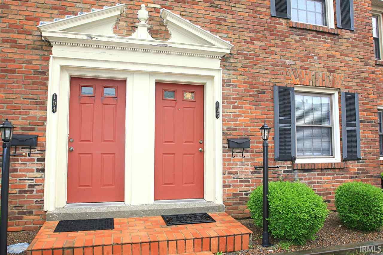 106 Hampton, Evansville, IN 47715