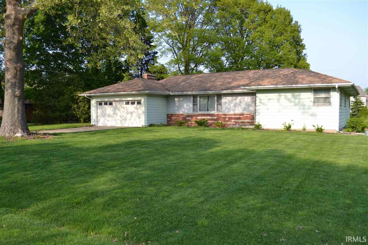 1262 Meadowbrook, Lafayette, IN 47905