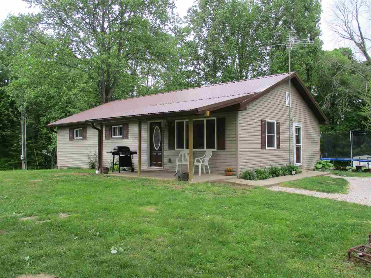 271 MIDDLE LEESVILLE RD, Bedford, IN 47421
