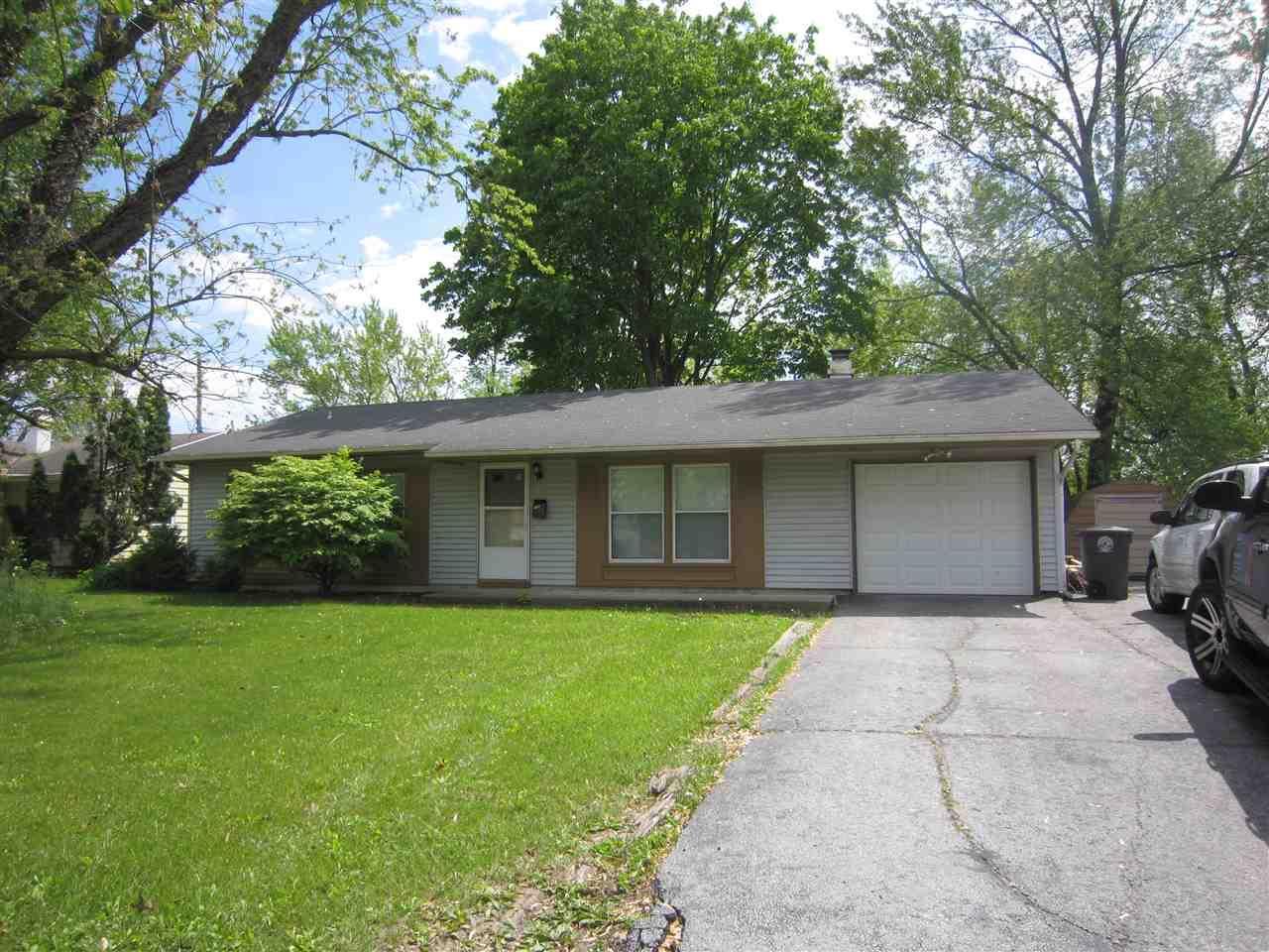 1405 Lower Huntington, Fort Wayne, IN 46819