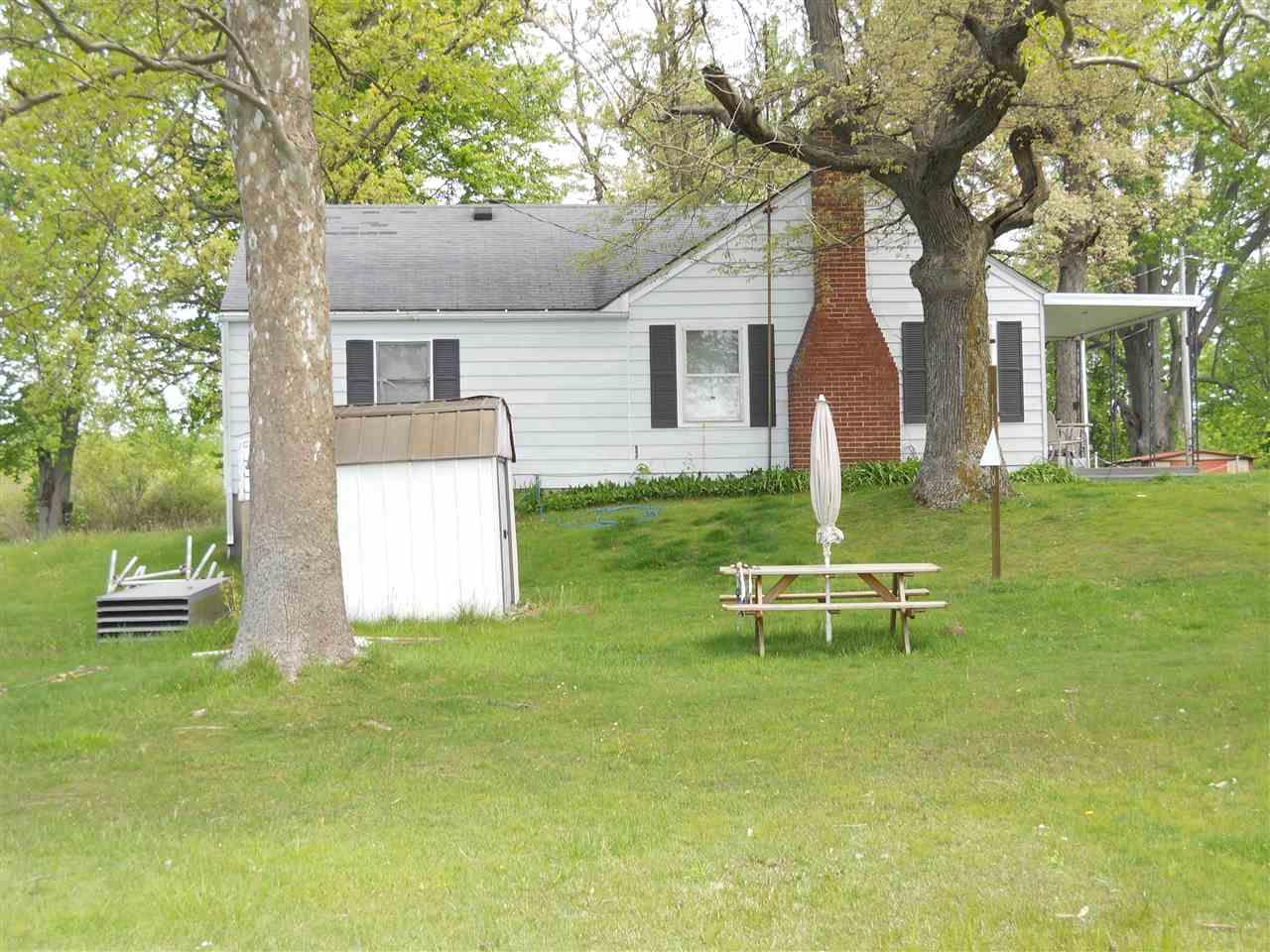 11557 W Guise Rd., Bruce Lake, IN 46939