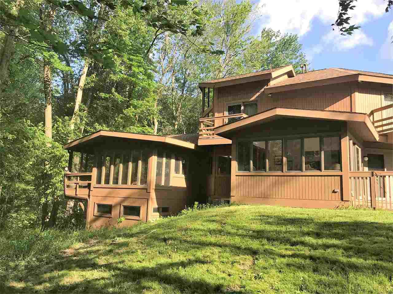 20680 Alm Lane, Lakeville, IN 46536