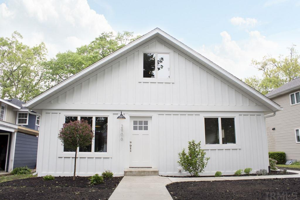 2906 E Country Club Dr, Rochester, IN 46975