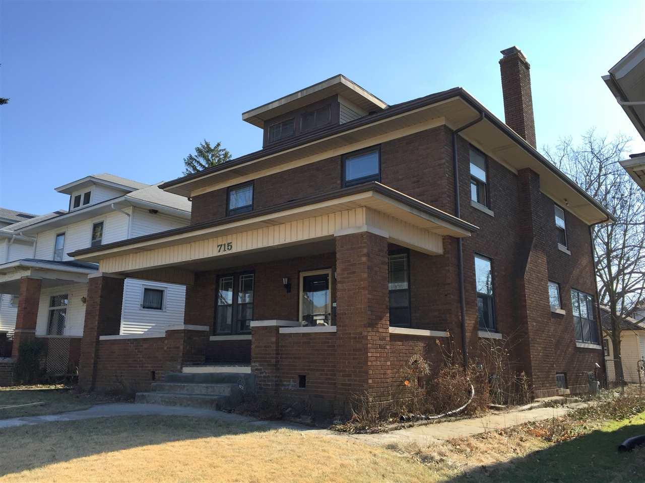 715 W Wildwood, Fort Wayne, IN 46807