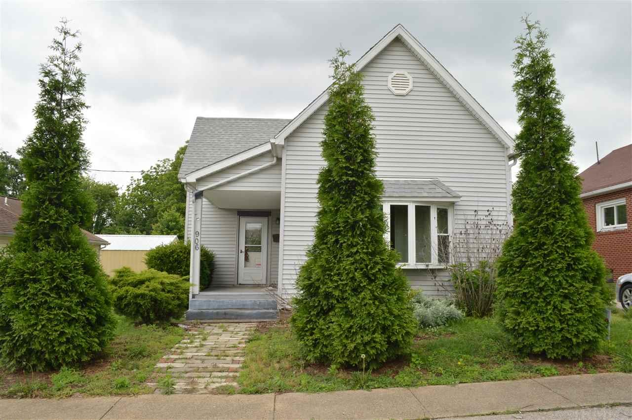 906 N Williams, Boonville, IN 47601