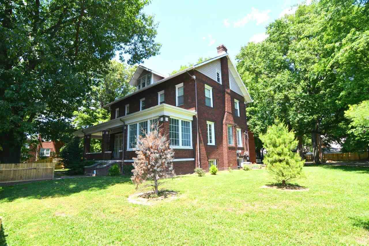 1522 SE Riverside, Evansville, IN 47713