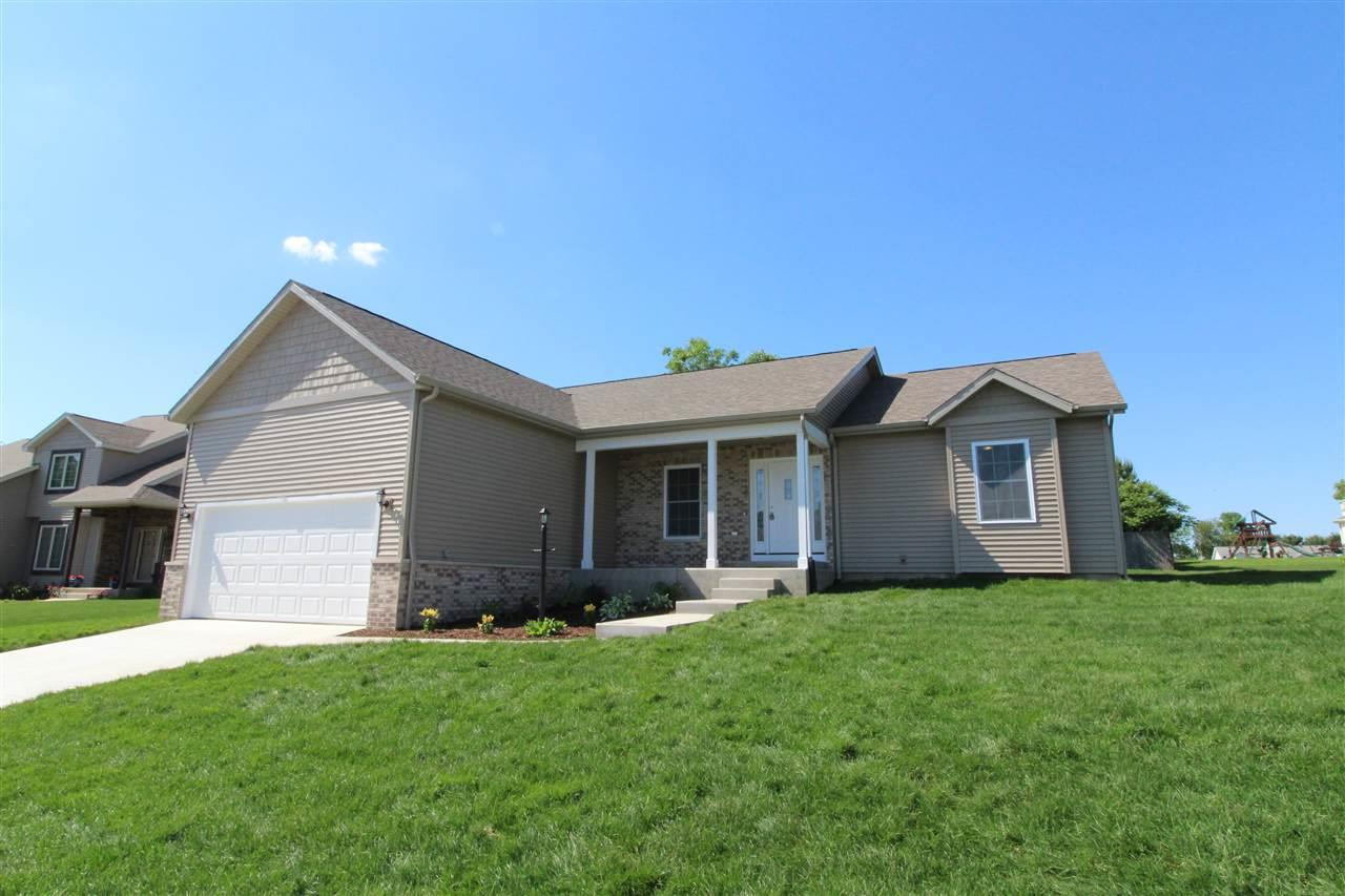25921 Rolling Hills, South Bend, IN 46628