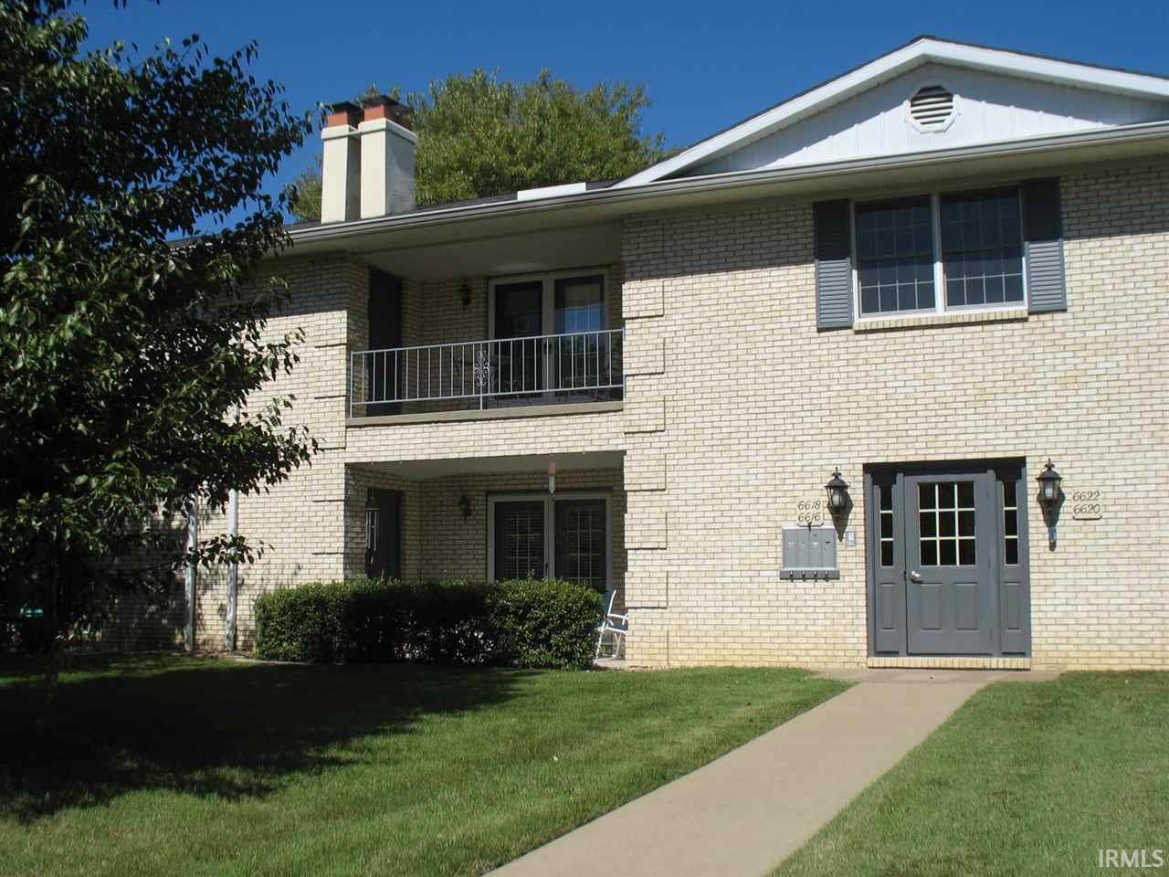 6702 Newburgh, Evansville, IN 47715