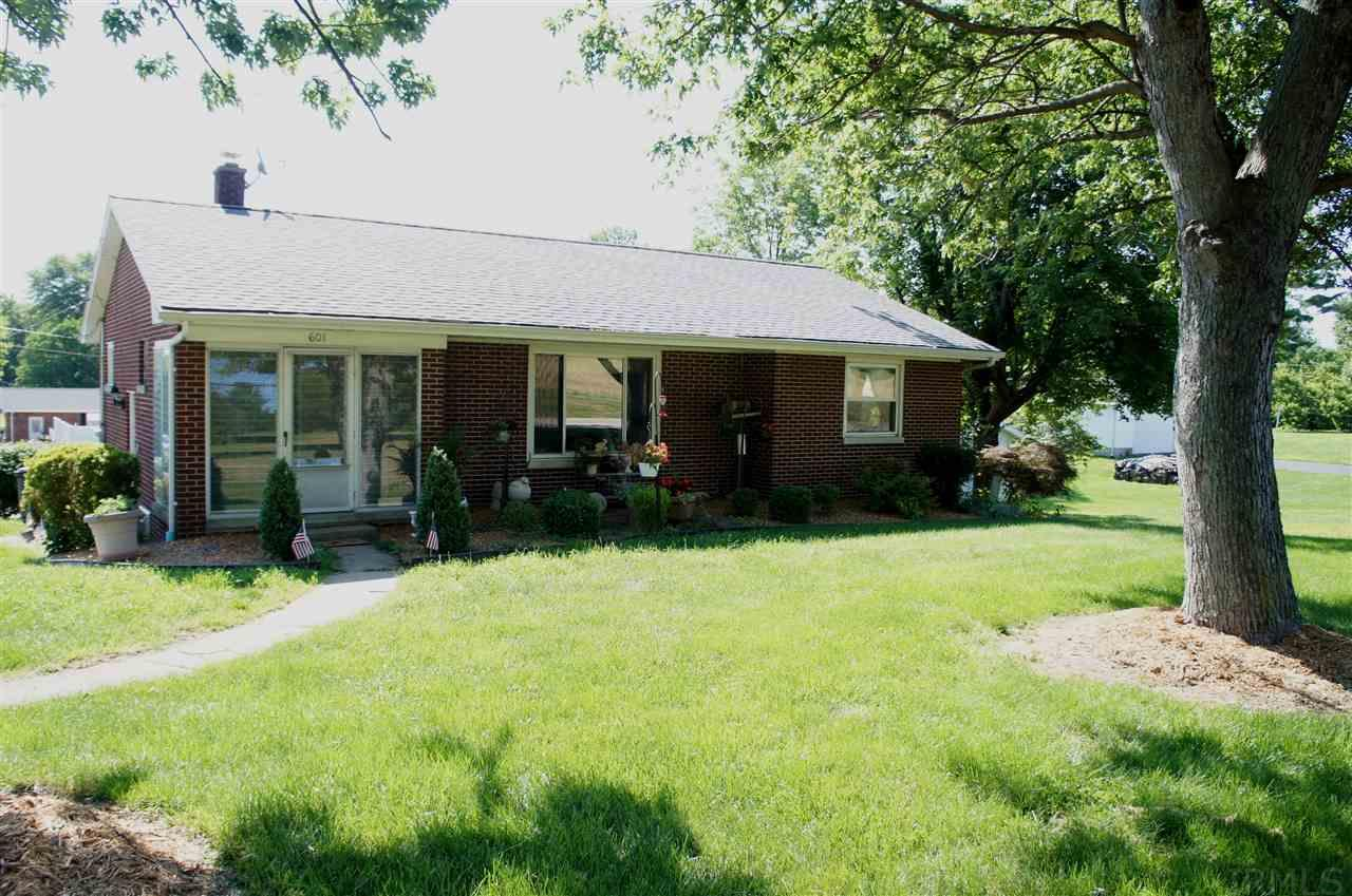 601 S Chestnut, Huntingburg, IN 47542