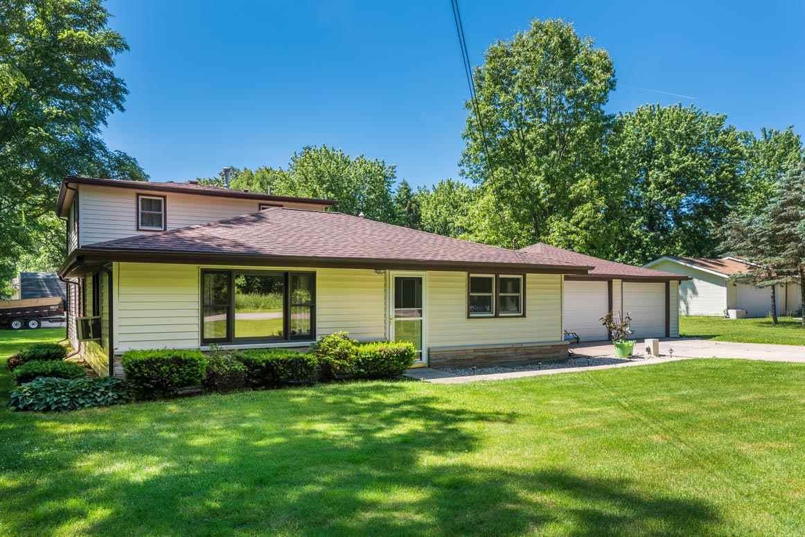 30098 County Road 108, Elkhart, IN 46514
