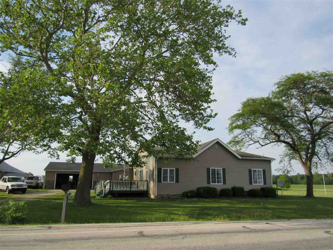 8142 W 600 South, Andrews, IN 46702