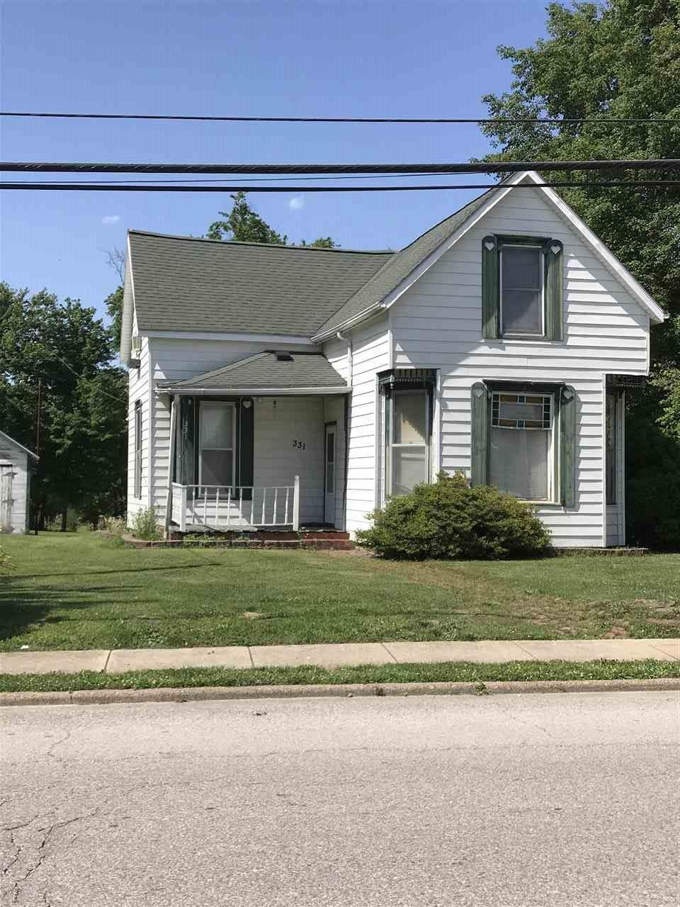 331 E Medcalf St., Dale, IN 47579