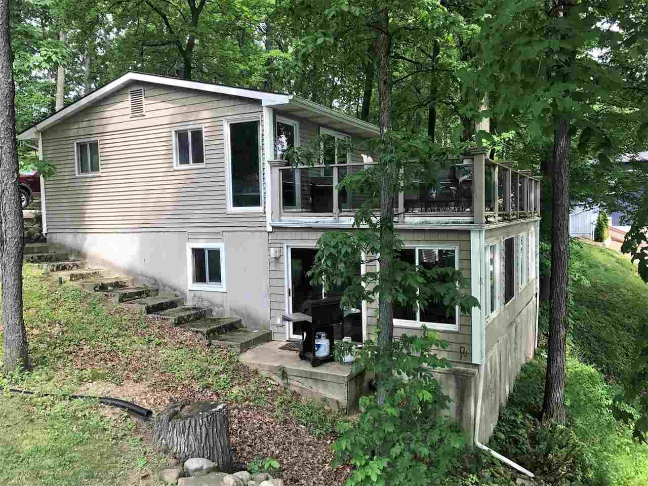 300 Lane 585 Lake James, Fremont, IN 46737