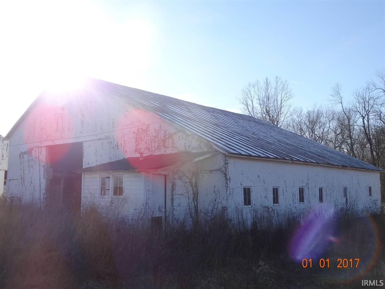 216 S County Road 400 E, Winchester, IN 47394