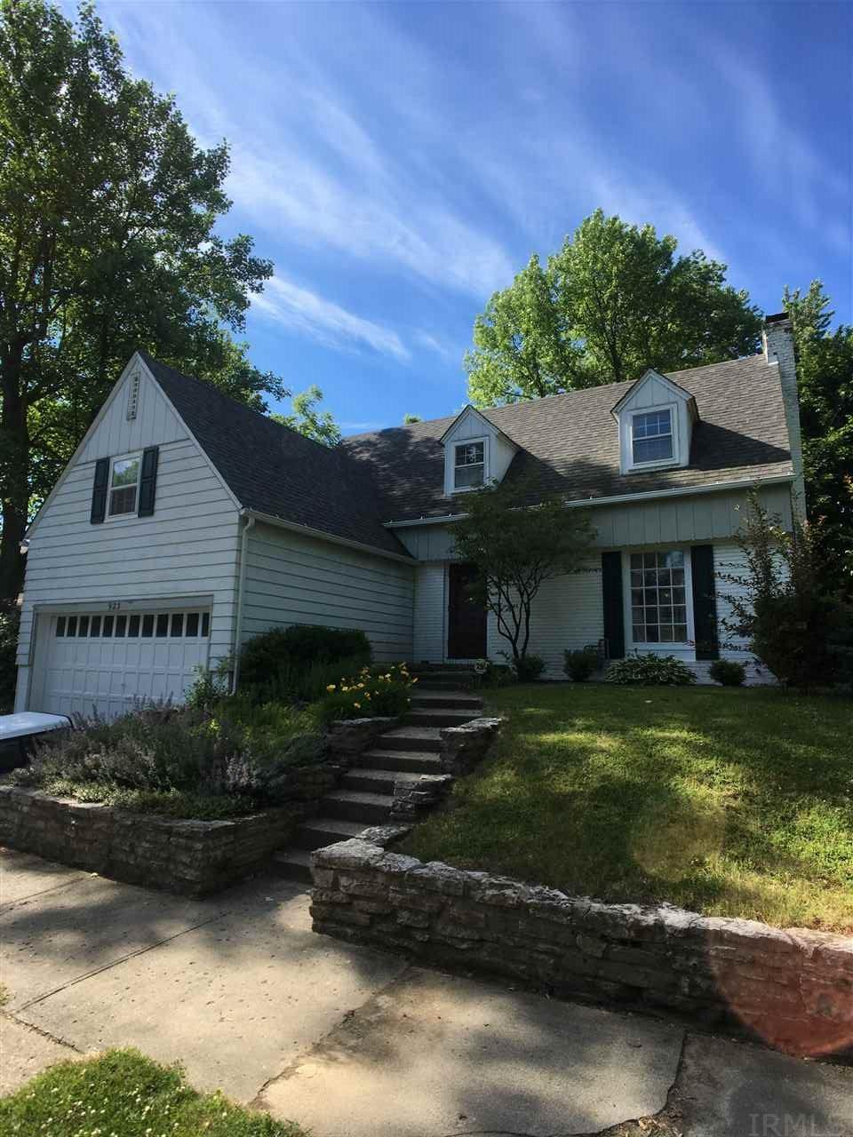 923 MAPLEWOOD, New Castle, IN 47362