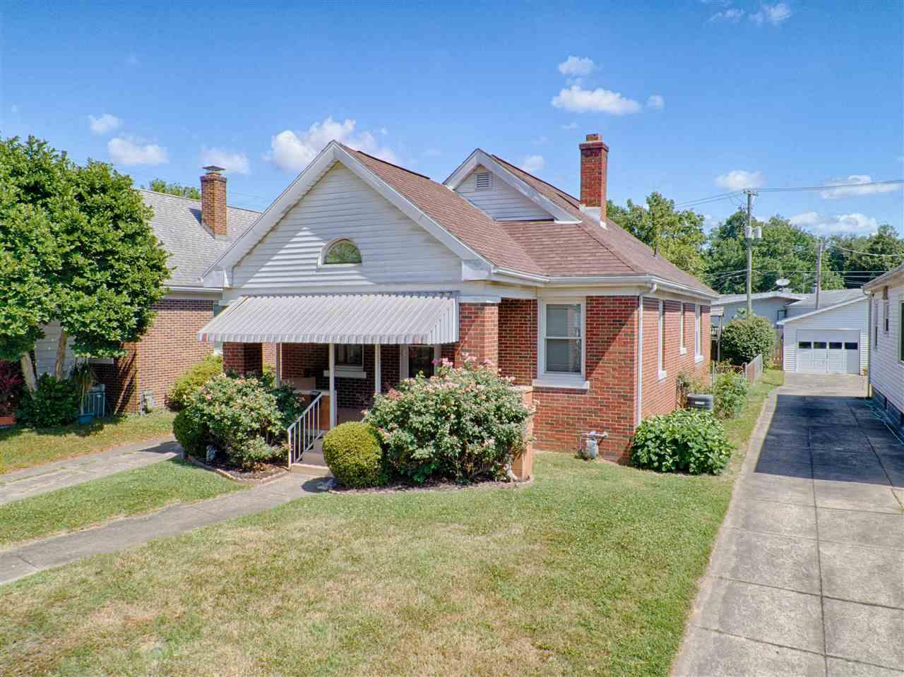 1702 E Mulberry, Evansville, IN 47714