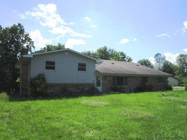 525 S Meadow, Frankfort, IN 46041
