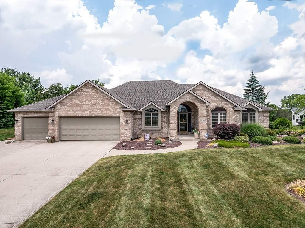 9311 Poplar Creek, Leo, IN 46765