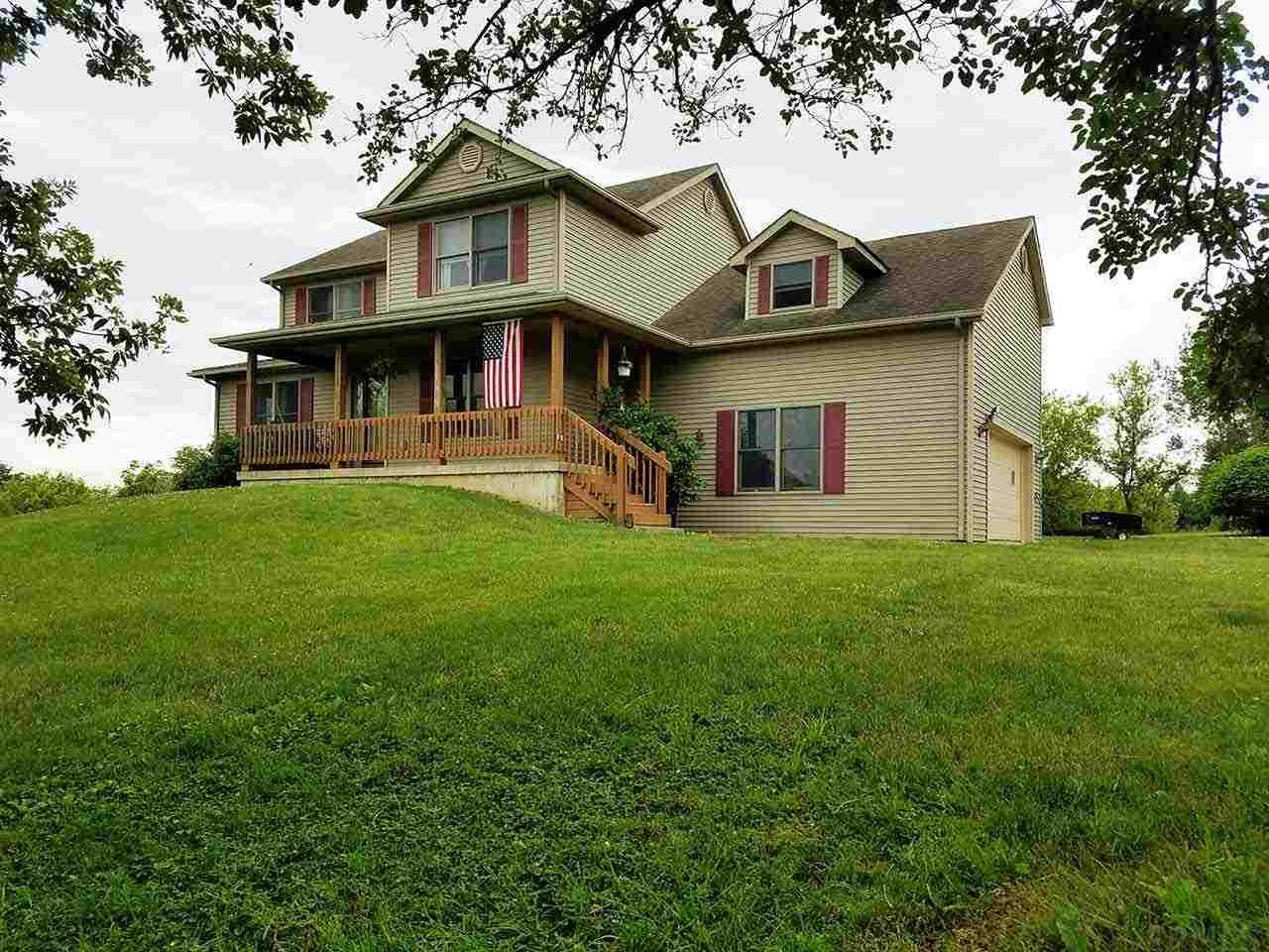849 E Bellefontaine Rd, Pleasant Lake, IN 46779