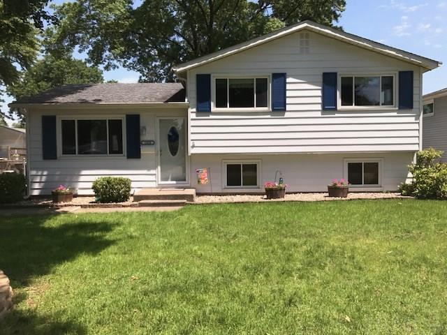 1828  Crestwood South Bend, IN 46635