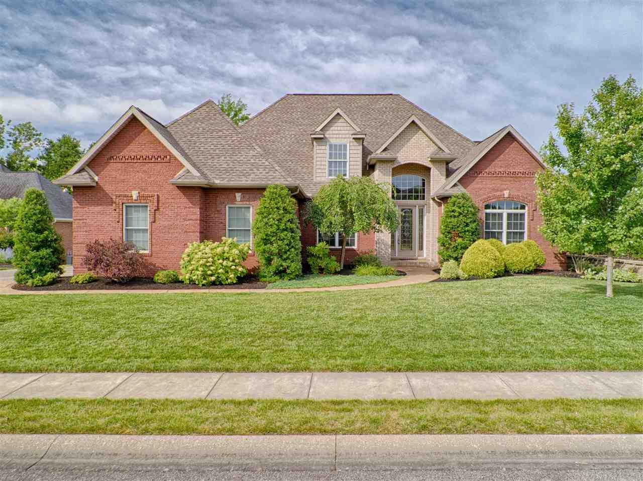 6445 Woodland Springs, Newburgh, IN 47630