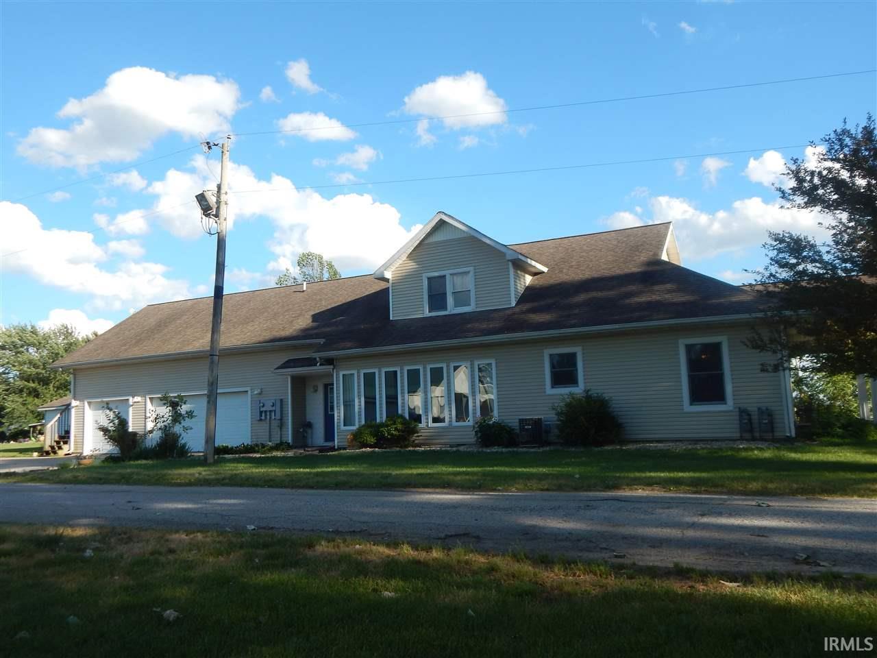 5787 NE First Street, Forest, IN 46039