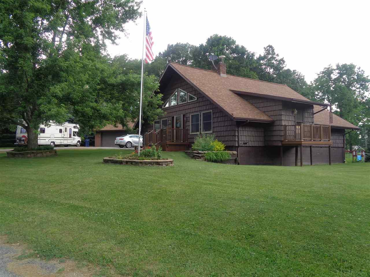 304 Orchard Hill Drive, Lagrange, IN 46761