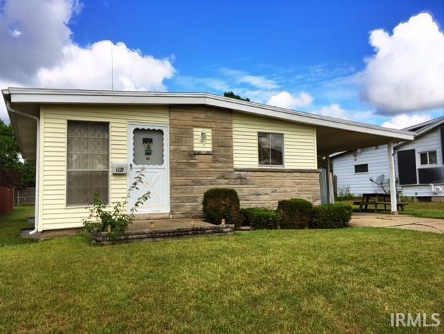 1227 N Iowa South Bend, IN 46628