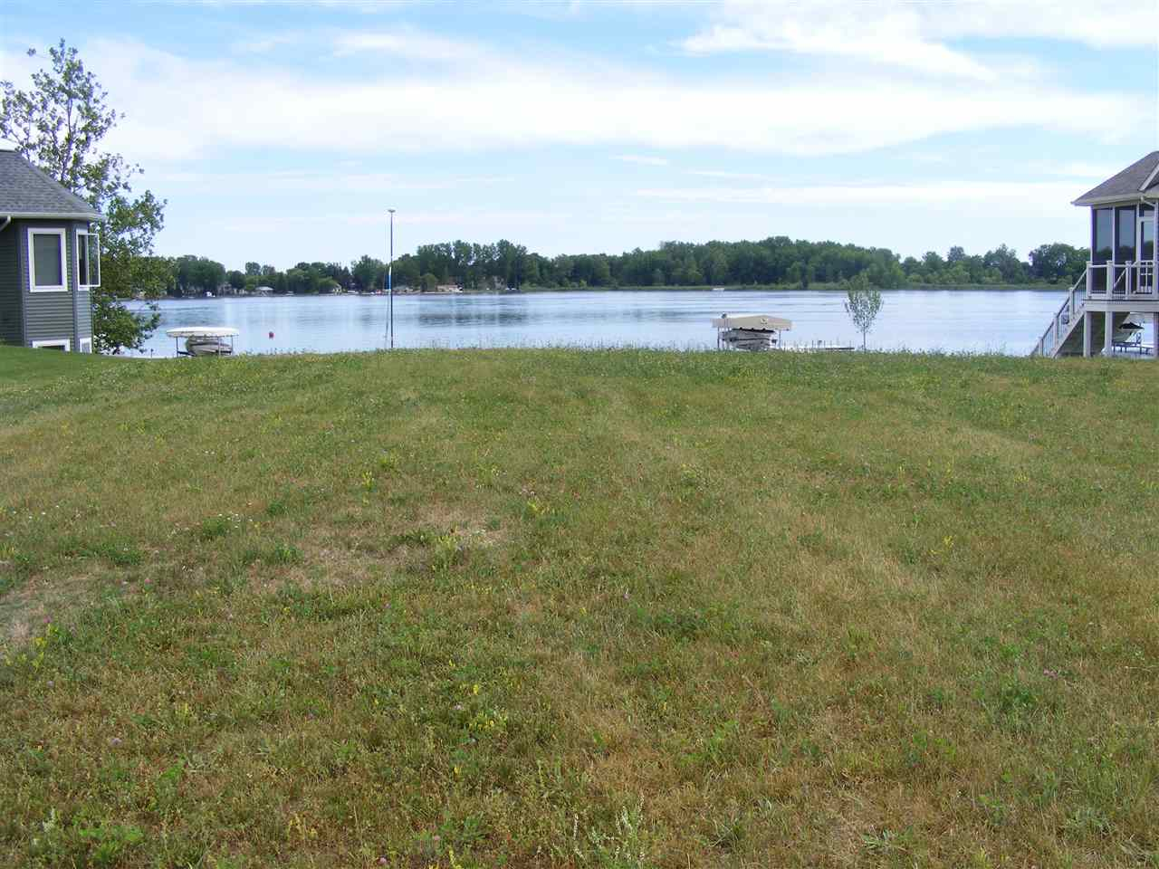 455 Lane 101 Lake Pleasant, Fremont, IN 46737