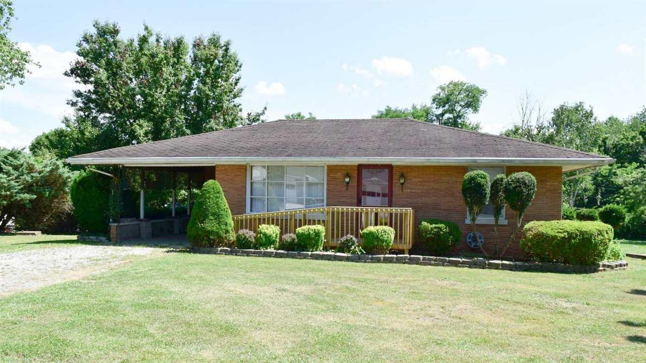 5716 Bridgeview, Evansville, IN 47712