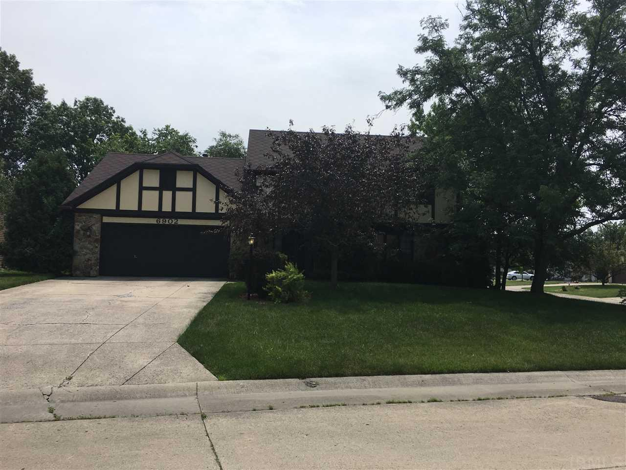 6902 Hillsboro, Fort Wayne, IN 46835