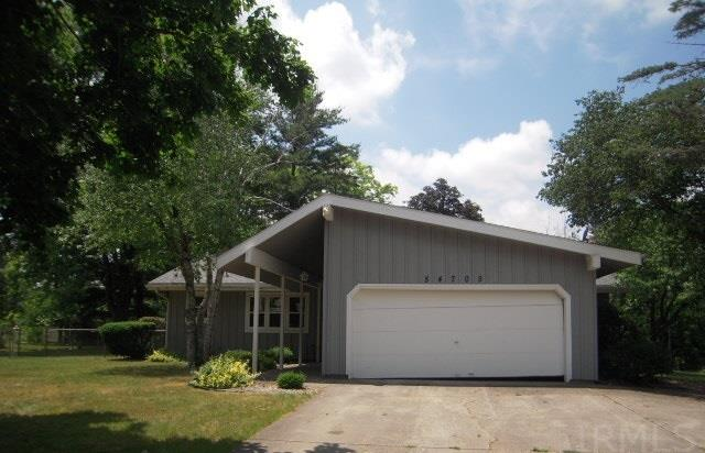 54705  Holly Drive Elkhart, IN 46514