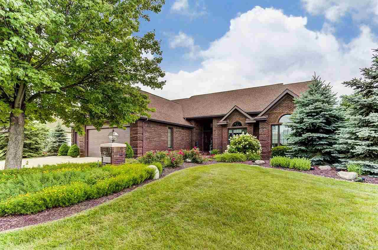 2514 Barry Knoll, Fort Wayne, IN 46845