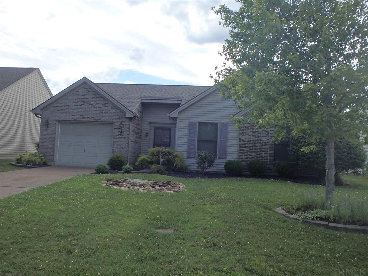 3208 Park Ridge Dr, Evansville, IN 47715