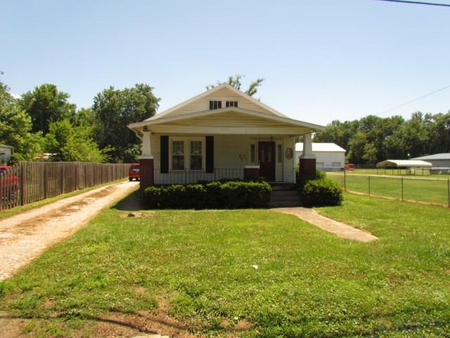 2129 E Riverside, Evansville, IN 47714