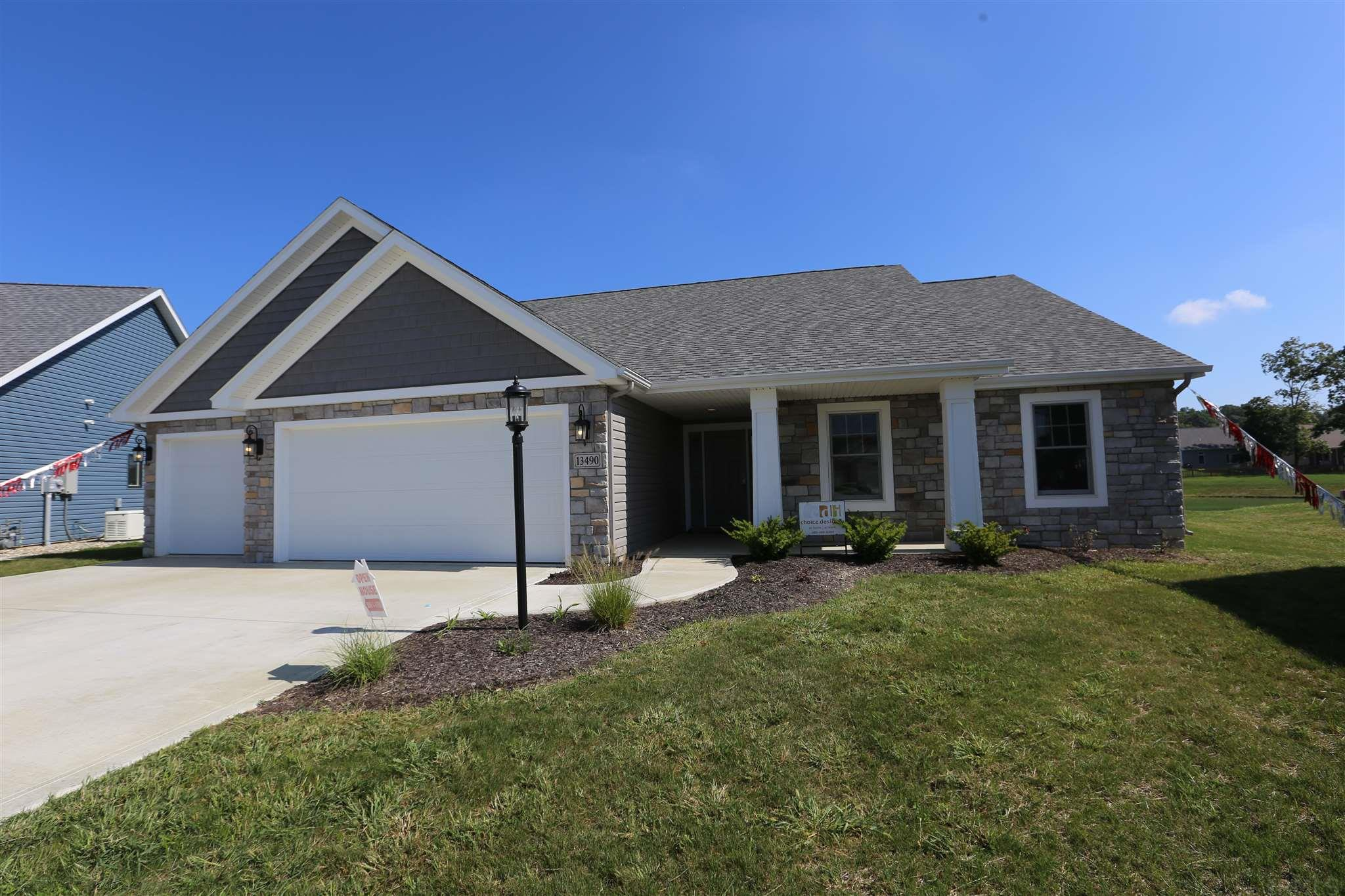 13490 Martingale Cove, Grabill, IN 46741