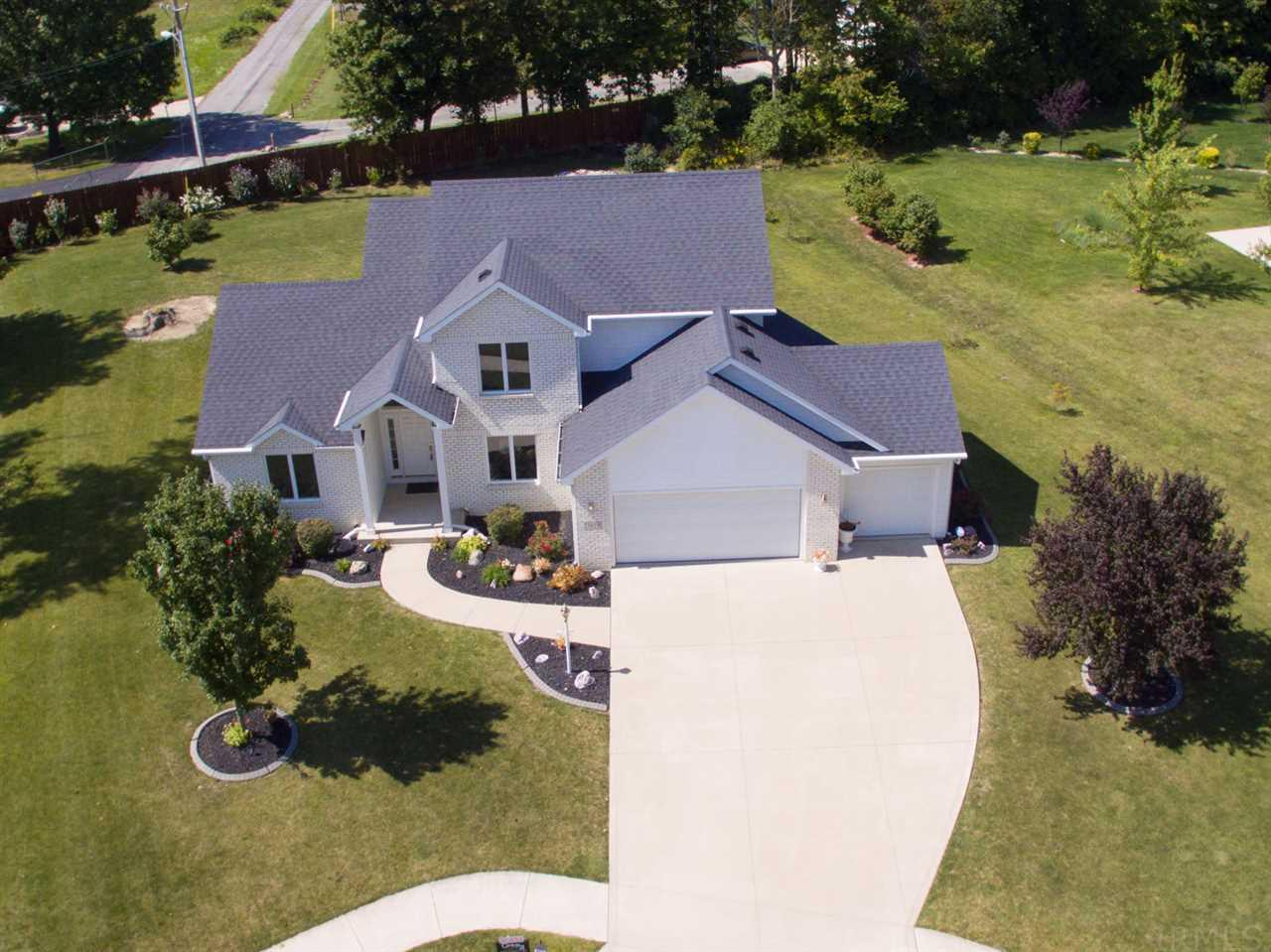 7923 EMERALD CANYON, Fort Wayne, IN 46825