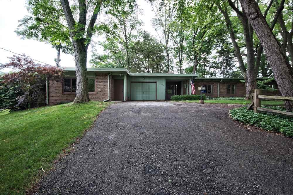54470 Meadow Bank, Elkhart, IN 46514