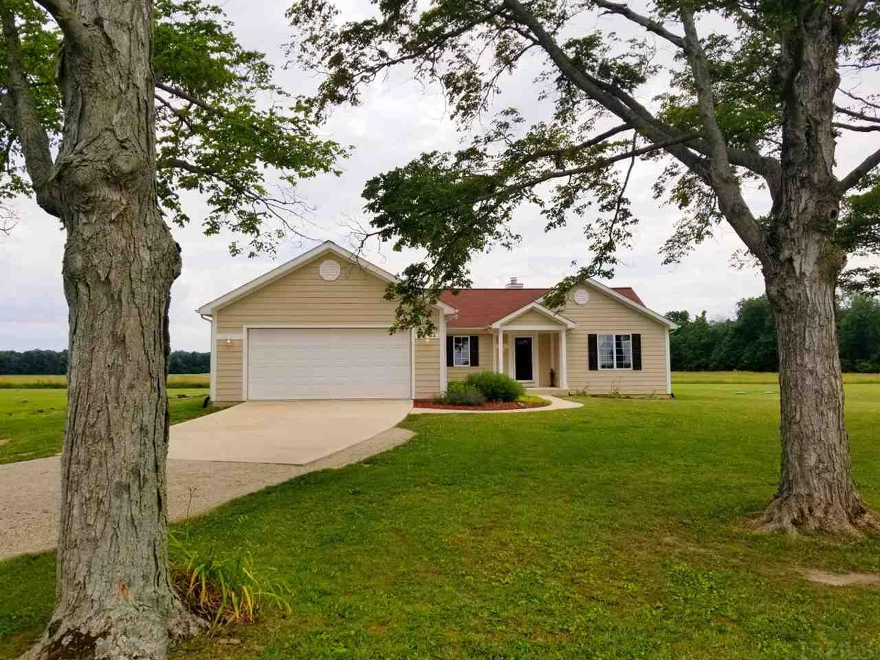 5417 W 100 South, Huntington, IN 46750