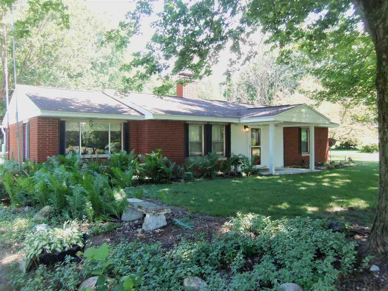 61738 Oak, South Bend, IN 46614