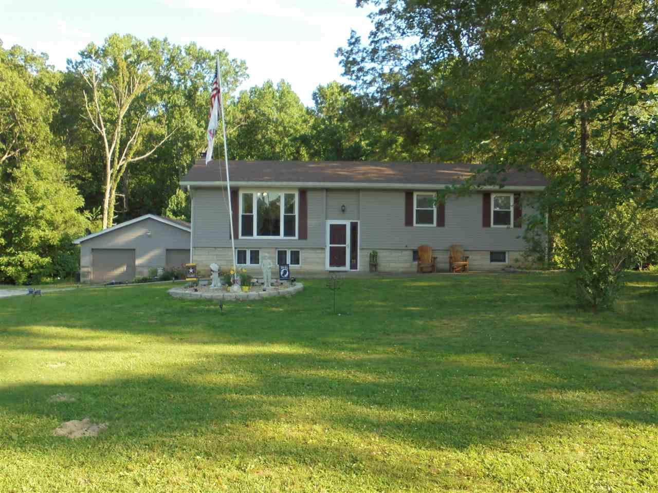 520 STEVENS LANE, Mitchell, IN 47446