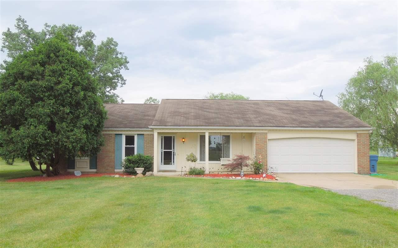 17409 DEVALL, Spencerville, IN 46788