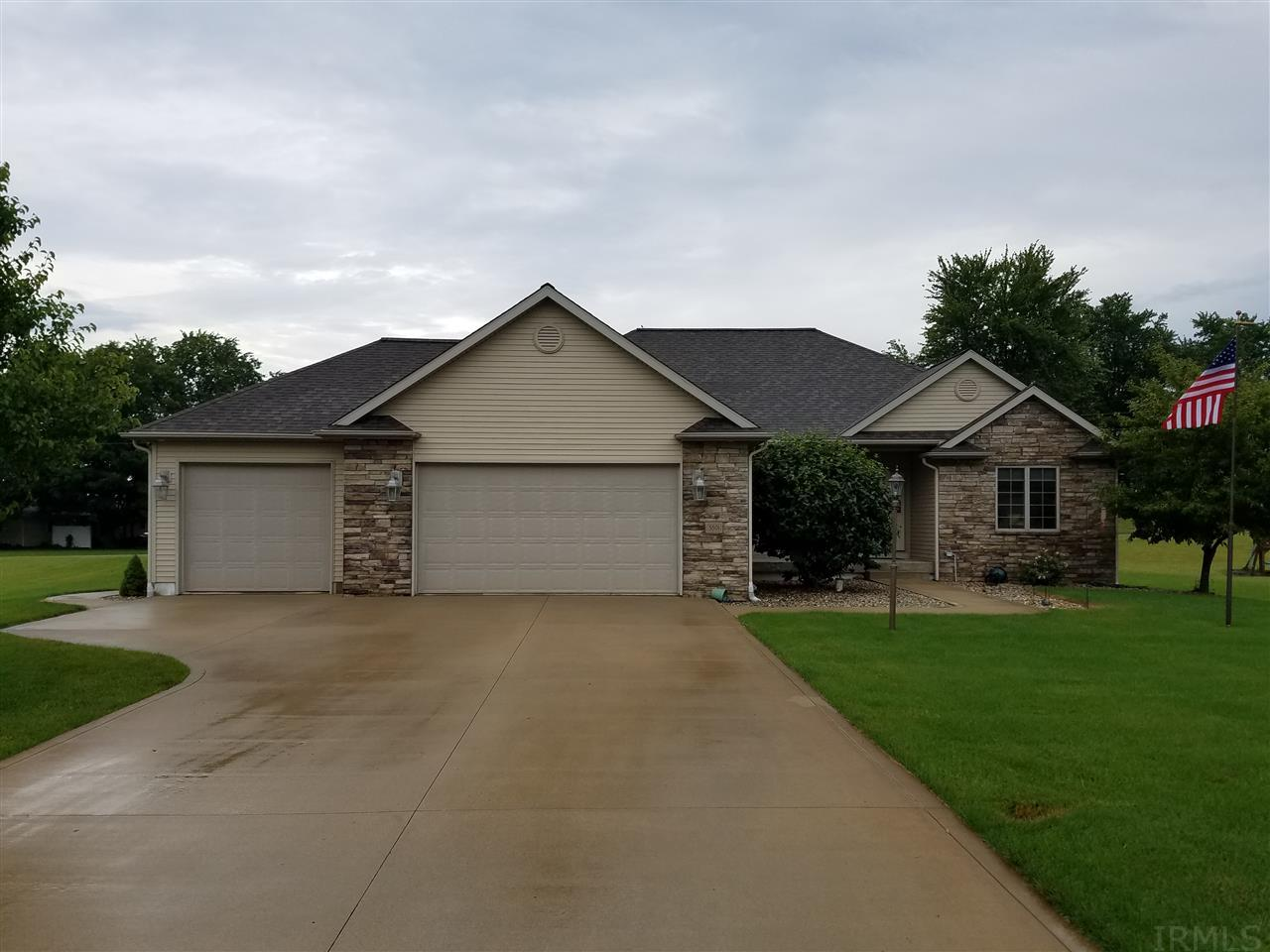 3801 S Elaine Drive, Warsaw, IN 46580