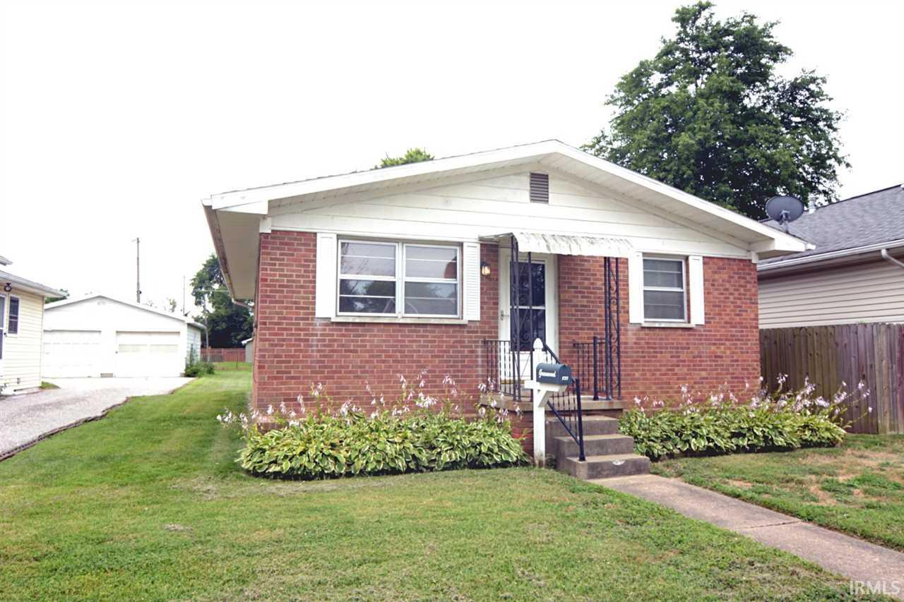 833 E Parkland, Evansville, IN 47711