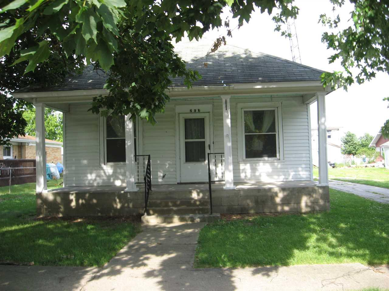 213 N Center St, Boswell, IN 47944