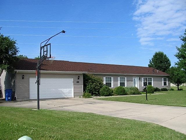 3995 N Southwinds, Warsaw, IN 46582
