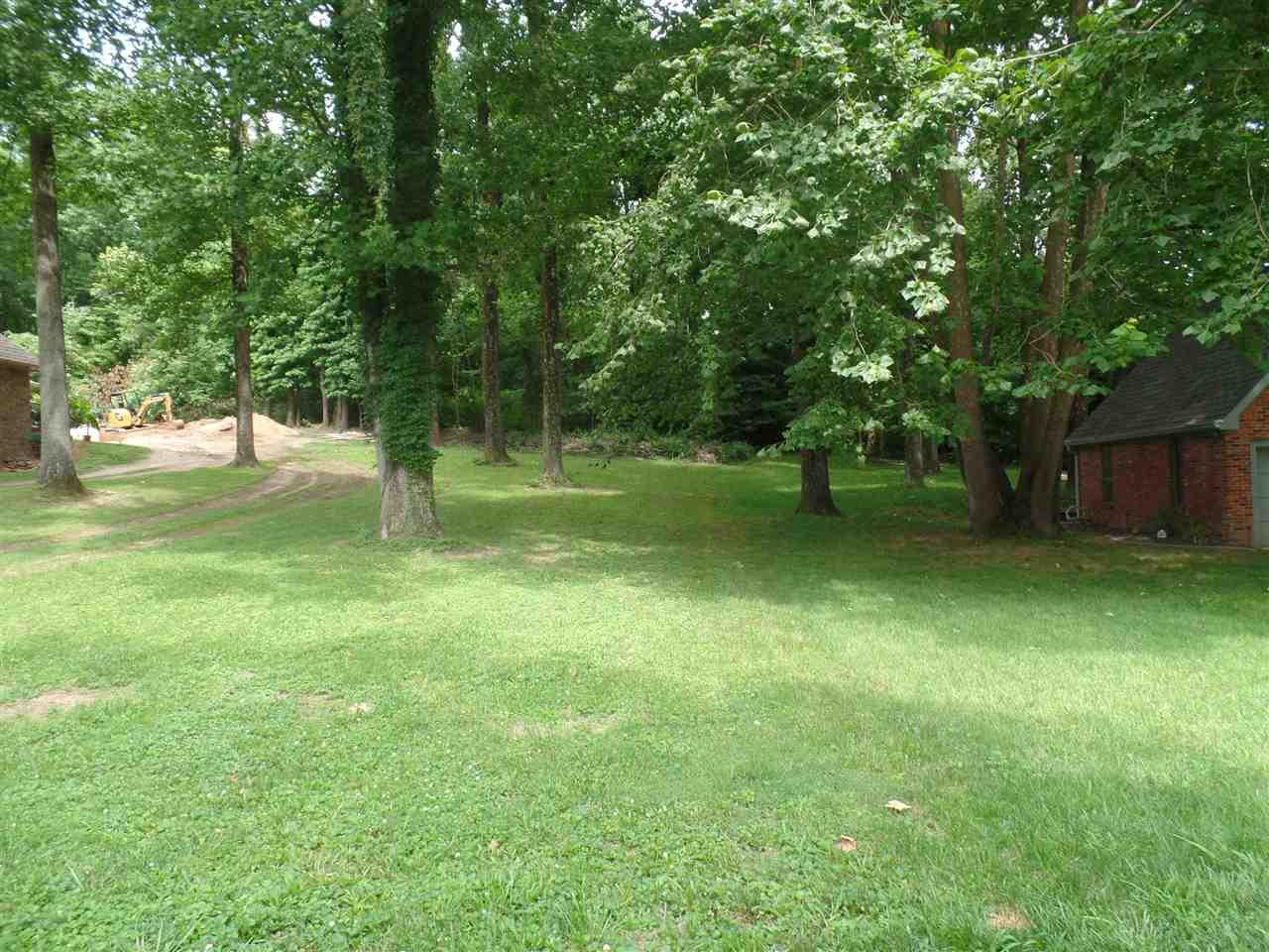 207 N River Dr, Bloomfield, IN 47424