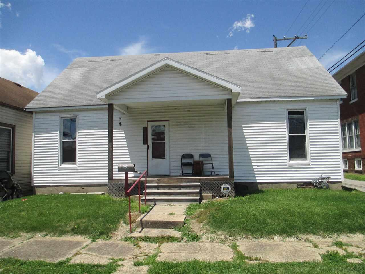 221 W EIGHTH, Mount Vernon, IN 47620
