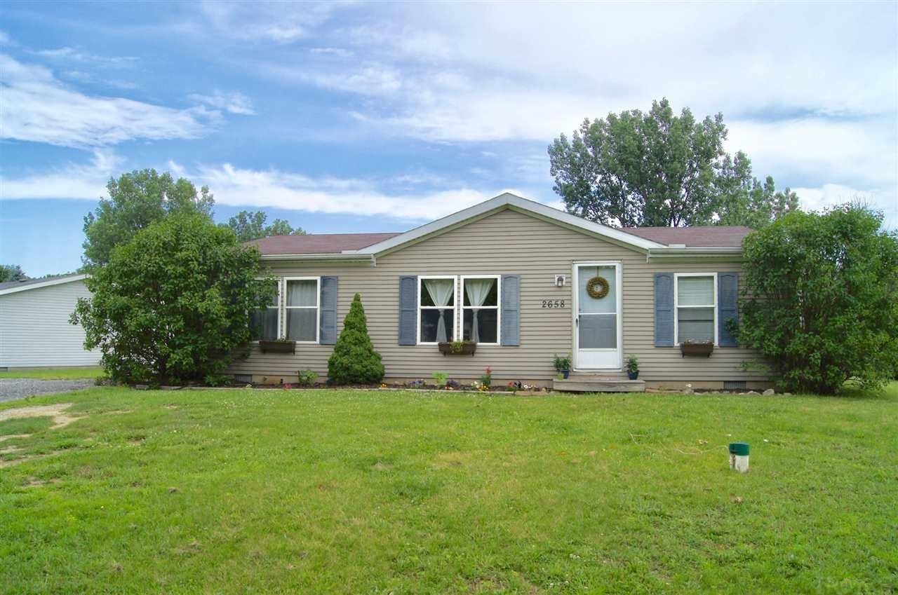 2658 E Robby, Warsaw, IN 46580