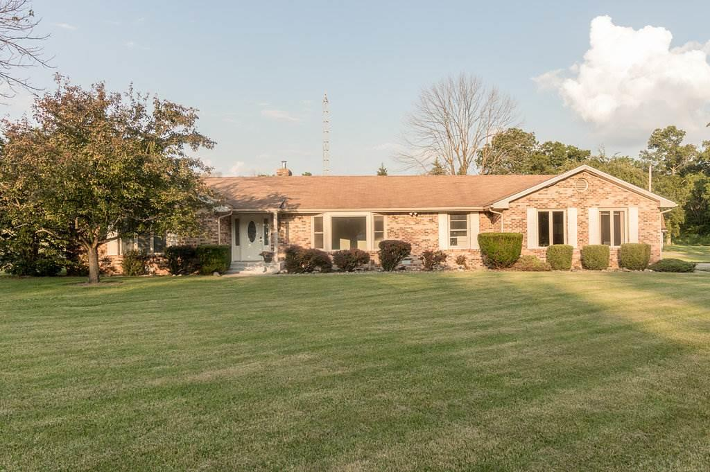 7116 N Orchard Dr, Springport, IN 47386